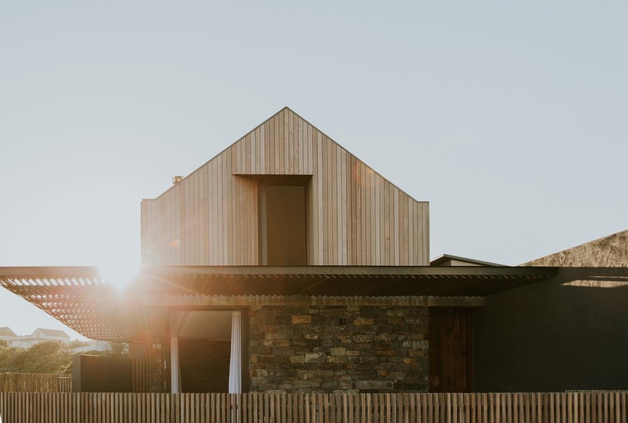 5 Fin Whale Way / SALT Architects