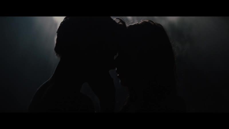 Поцелуи и нежные объятия. Отрывок из фильма Двойная жизнь Чарли Сан Клауда