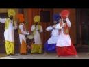 Задорный индийский танец.