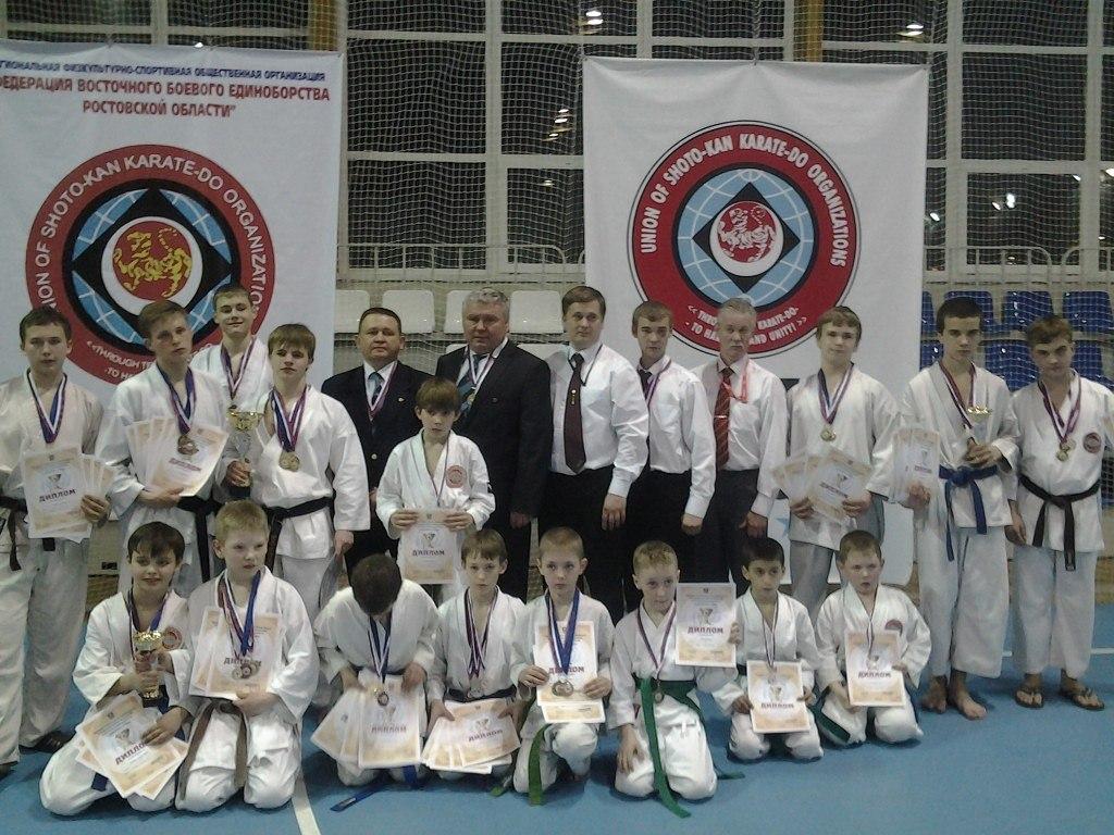 Таганрогские спортсмены завоевали первое командное место на чемпионате области по ВБЕ