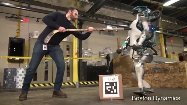 Робот из Boston Dynamics сюда подошел, ебашить буду! · coub, коуб