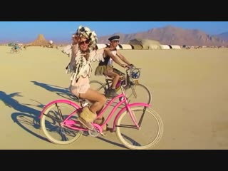 4 Minutes Inside the Madness at Burning Man 2018