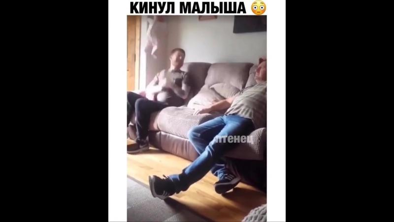 И продолжение видео, инфаркт у дедушки.... Ну и шуточки