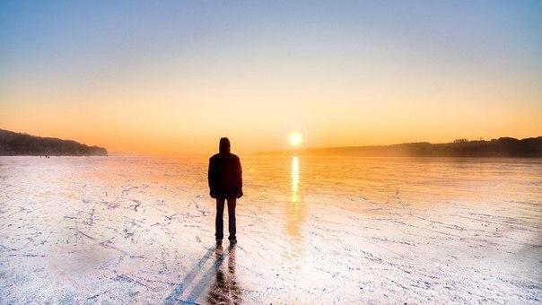 Всегда подставляйте свое лицо солнечному свету и тени будут позади вас