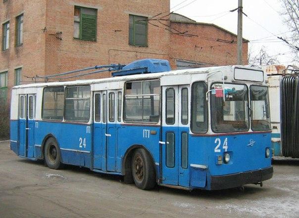 высокопольный троллейбус