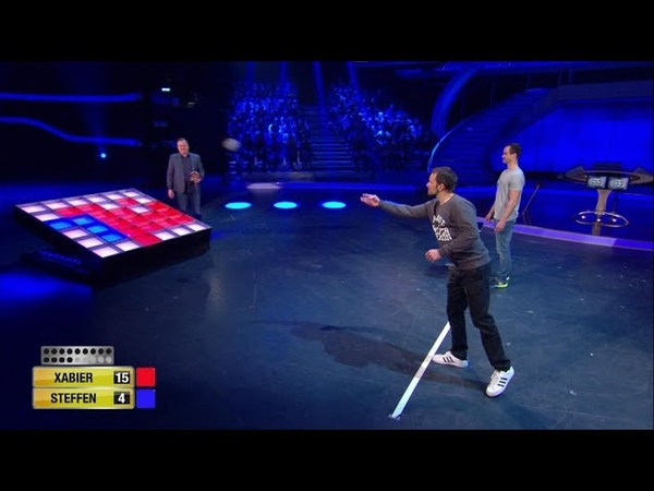 Spiel 8 - Wurf-Reversi - Schlag den Henssler