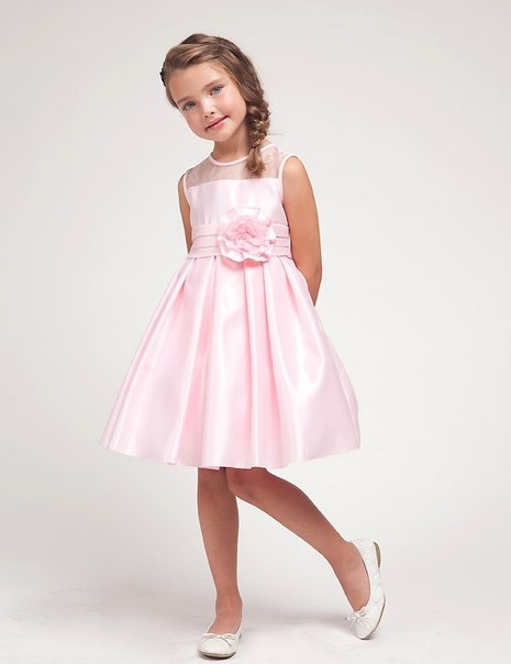 Нарядное платье для девочек 5-6 лет