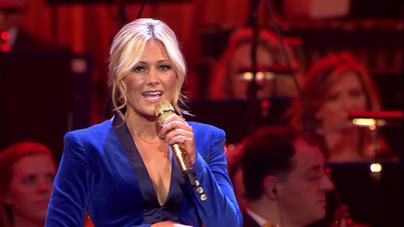 Helene Fischer - Santa Claus Is Coming To Town (Live aus der Hofburg Wien / 2015)