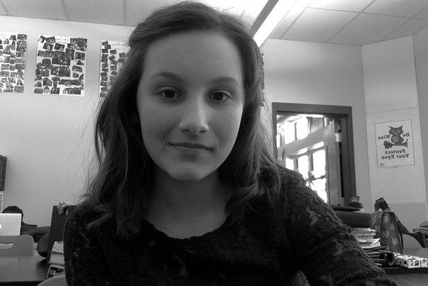 Eleonora Popova updated her profile picture: - WpWsLmWJUpg
