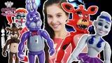 Страна девчонок ЛЕРА играет в ПЯТЬ НОЧЕЙ С ФРЕДДИ и веселится с аниматрониками ФНаФ!
