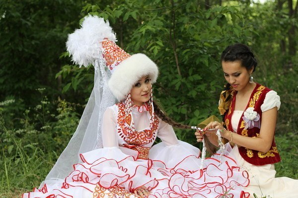 Казахские пословицы о дружбе: