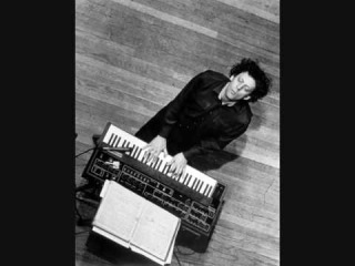 PHILIP GLASS- EINSTEIN ON THE BEACH- KNEE PLAY 1