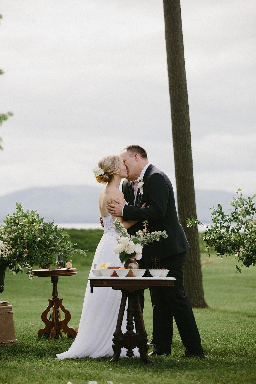0hCKj53zjzc - Процентное распределение свадебного бюджета: профессиональная помощь