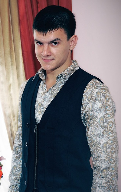 Александр Сизинцев