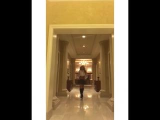 Бритни Спирс вновь примера знаменитый образ из клипа Baby One More Time