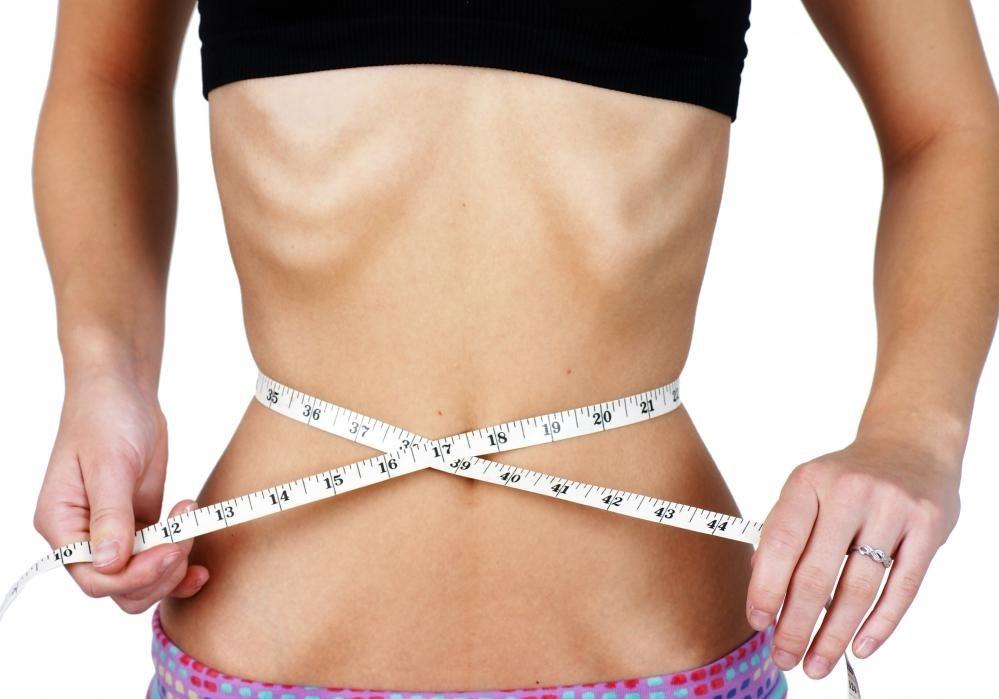 Нарушения пищевого поведения, такие как булимия, могут вызывать отступающие десны, что требует трансплантации жевательной резинки.