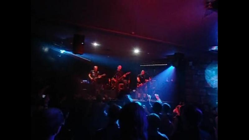 Черный обелиск - Ангелы ( 5.11.2011 г.Тюмень )