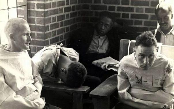 Экспeримент Розенхана «Психически здоровые на месте сумасшедших», США, 1973 год