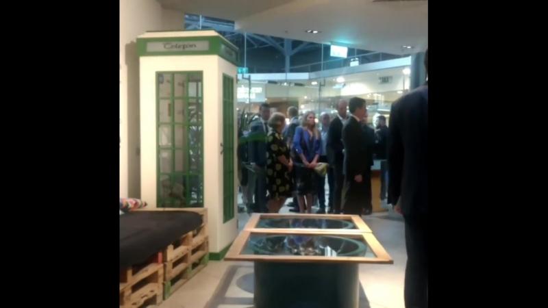 11 07 18 Меган Маркл и принц Гарри в музее иммиграции Ирландии и в технологическом старт ап