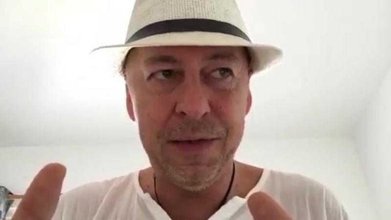 Mueller beschlagnahmt Handy von Erik Prince -Blackwater- - Schlag gegen Q-
