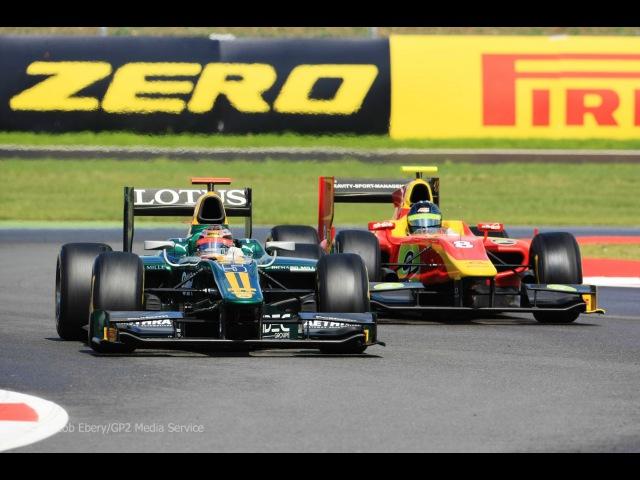 Jules Bianchi vs Christian Vietoris, GP2 Silverstone 11