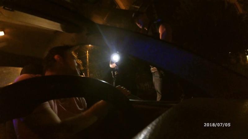 Общение с полицейским на повышенных тонах.Субъективное мнение о большинстве граждан Украины!