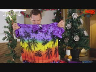 Benedict Cumberbatch Teaches How to React to Bad Xmas Gifts _ The Hook #topnotchenglish