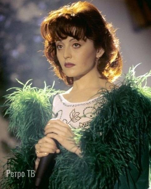 Анжелика Варум, Начало, 90-е .. Какая ее песня из 90х вам запомнилась .Спасибо за и подписку!