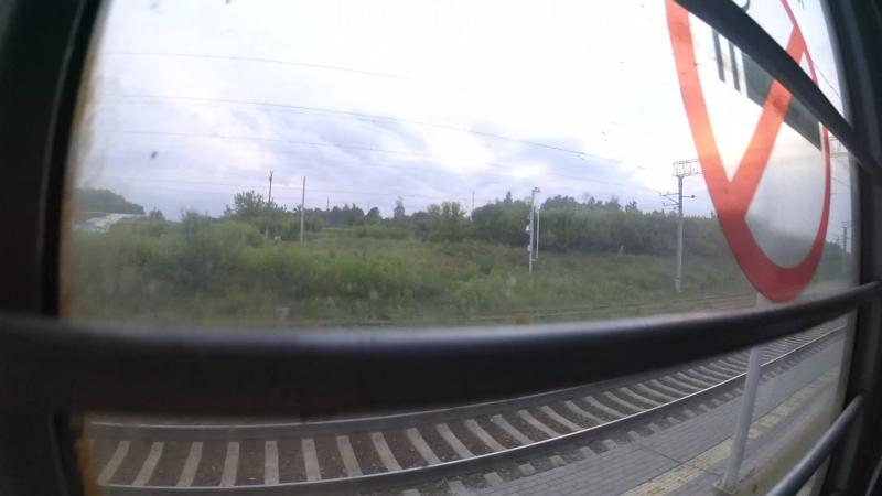Перегон о.п.689 км―Беломестая в вагоне электропоезда ЭД4М-0166 и встречный ПДС под управлением ЭП2К