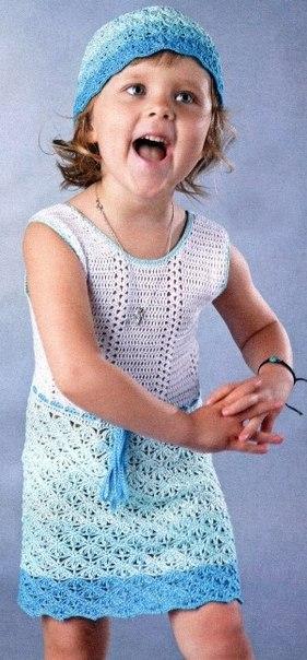 Сарафан крючком для девочки в голубой гамме или розовой выбирайте. К сарафану можно связать ажурную … (3 фото) - картинка