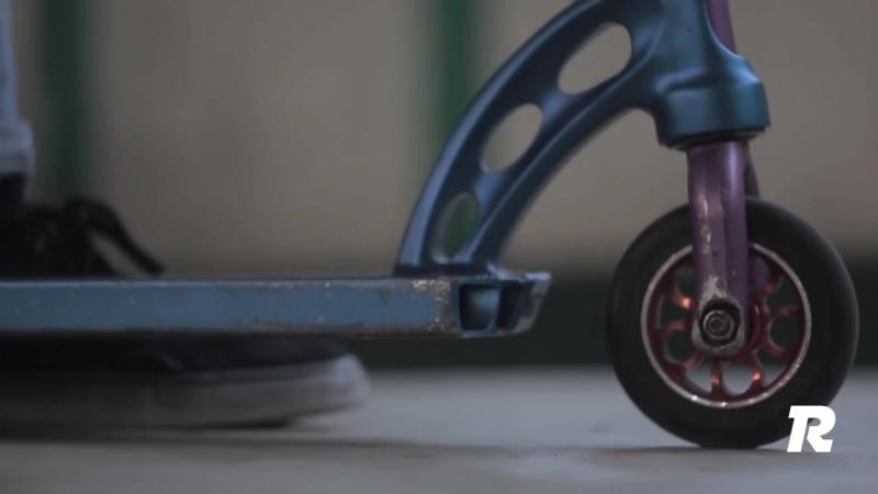 Footjam on a scooter