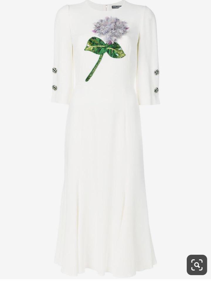 В наличии появились долгожданные объёмные аппликации с гортензиями Dolce&Gabbana