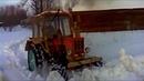 Легендарные тракторы МТЗ и Т-40, на бездорожье! Иногда помогают они а иногда вытягивают их!