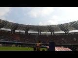 И вновь этот ахеренный чувак!диктор стадиона Децибел Беллини во время матча «Наполи» - «Торино»