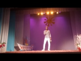 Самуел исполнил песню на 10 Юбилейном выпускном вечере в Языковой Школе Language School