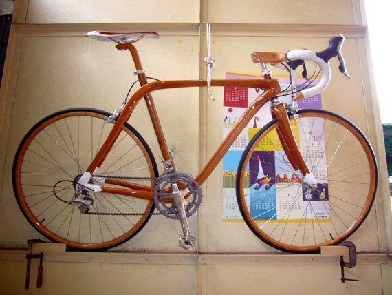 Дерев'яний велосипед