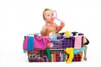 Весенняя уборка: как с пользой пристроить старые детские вещи.