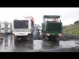 Фрезерование на скорость: дорожная фреза Wirtgen W 150 против Bomag BM 1000/30 при снятии асфальта на глубину 20 см