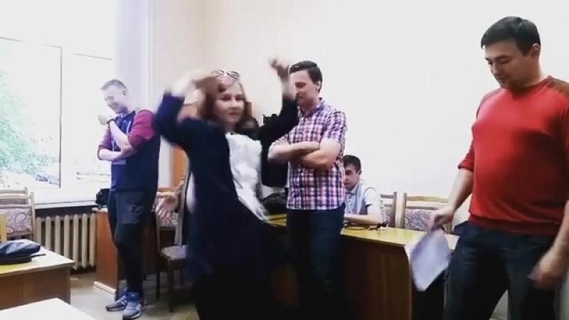 ятанцую ХохловаЛова ХохЛова
