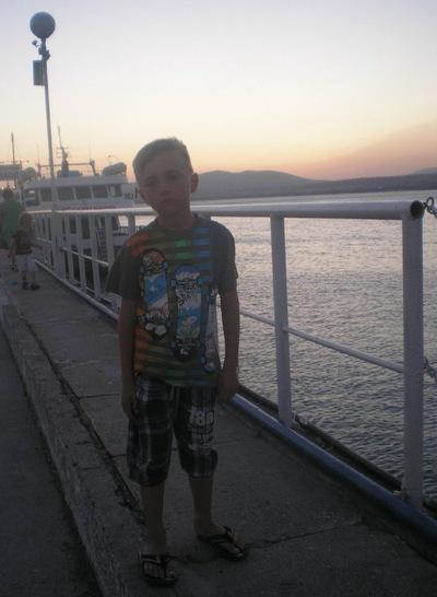 Илья Грачев, 2 августа 1999, Харьков, id187928877