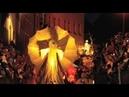Parade NUA - 50.000 Augen glänzten für HELMNOT THEATER