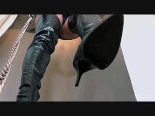 Young Goddess Kim - Leather and Lust femdom