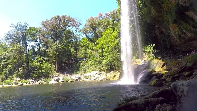 Водопады Мисоль-Ха и Агуа Азуль
