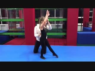 Гимнастика и акробатика с Елизаветой ч.3