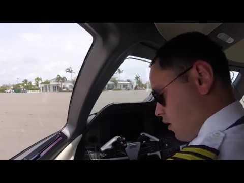 Embraer - Phenom 300 Pilot