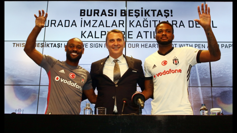 Vagner Love Cyle Larin (Signing Ceremony - 31.01.2018)