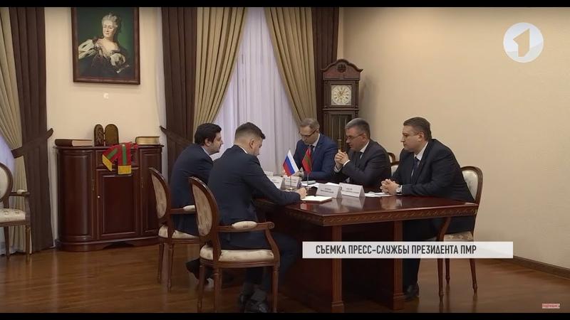 Президент встретился с руководством Россотрудничества в Молдове