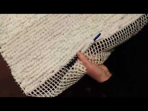 Come fare un semplice tappeto shabby chic sù rete riciclando magliette