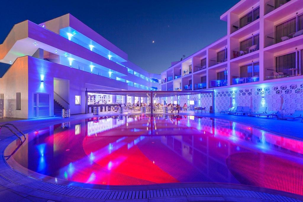 Кипр айя напа ривер рок отель