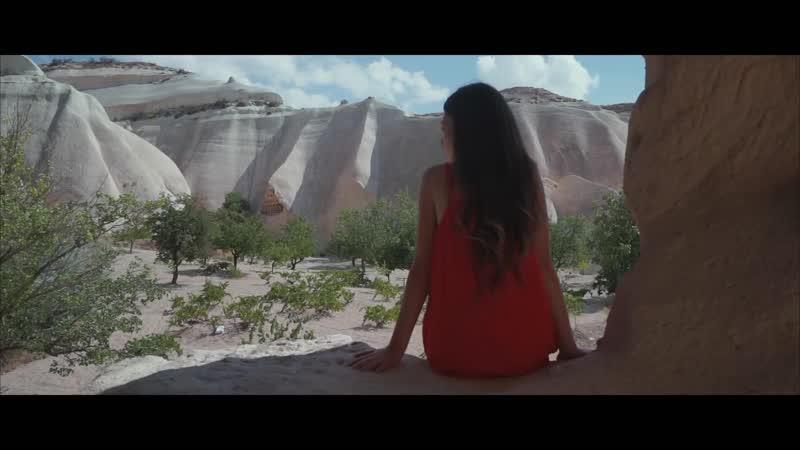 Kate Linn Thunderlike by Monoir Official Video vidchelny